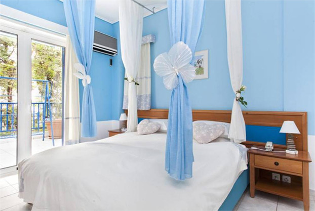 daphnes-club-hotel-2-room-suites