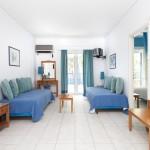 daphnes-hotel-apartments-2roomsuite-iris-1
