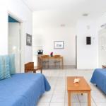 daphnes-hotel-apartments-2roomsuite-iris-2