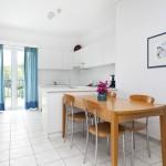 daphnes-hotel-apartments-2roomsuite-iris-4