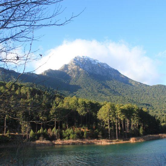 daphnes-hotel-activities-hiking-dourdouvana-8