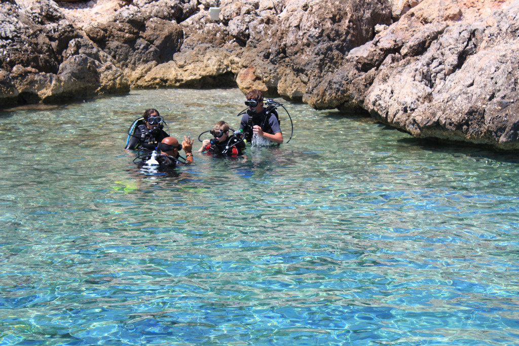 Scuba diving in the Saronic Gulf